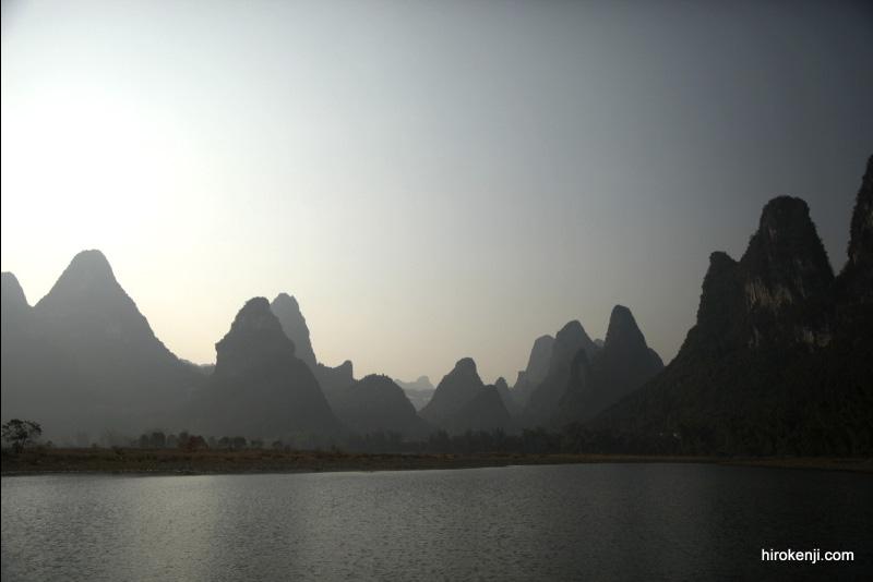 中国(桂林・陽朔)まるで水墨画の世界を観光!奇山が続くカルスト地形の絶景!