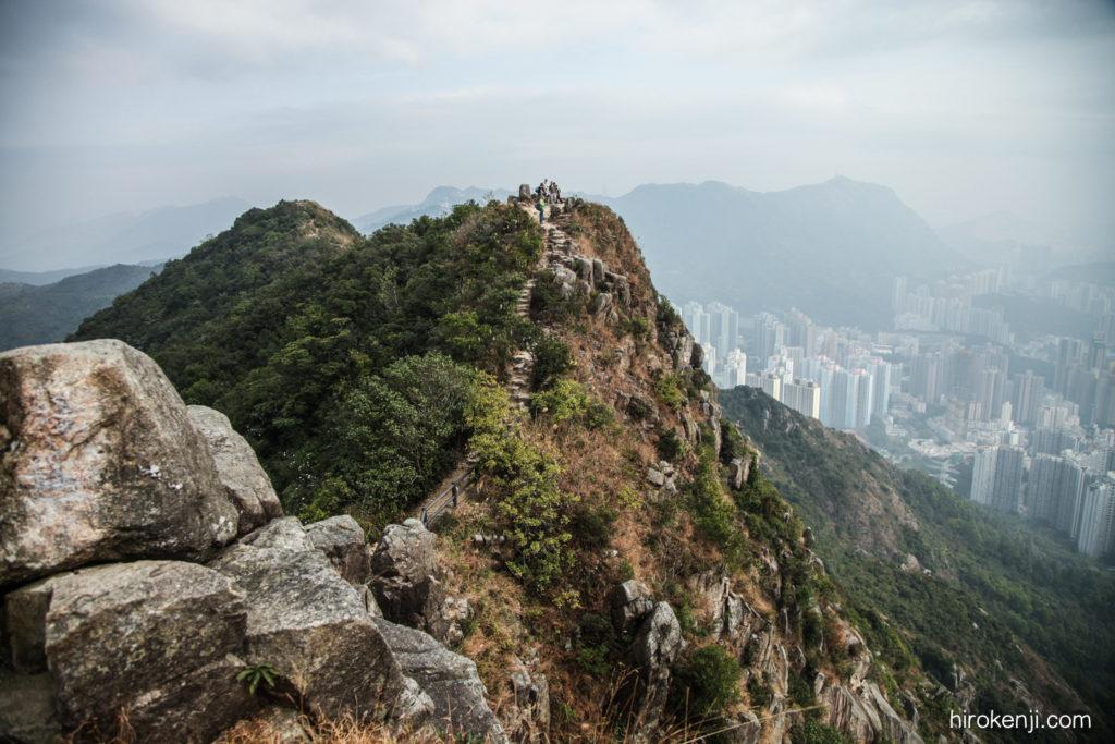 【香港観光】獅子山(ライオンロック)と深夜特急の廟街