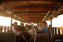 ラオスからタイへ、メコン川をスローボートで国境超え