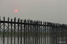 ミャンマー・チン州ミンダ村(2) 顔面入れ墨村の女性達