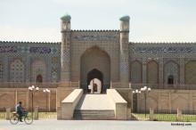 ウズベキスタン・古都 コーカン(コカン)の観光と街歩き