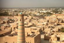 ウズベキスタン・ヒヴァ観光-中世アラブの世界!かつての奴隷市場と城壁の街!