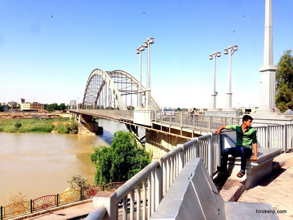 【アフヴァーズ観光】街を歩き中国人の悪評を聞きVISAの延長を試みる