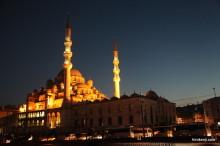 【旅行記】国境の街・エディルネの観光と映画的世界の荘厳なセリミエモスク