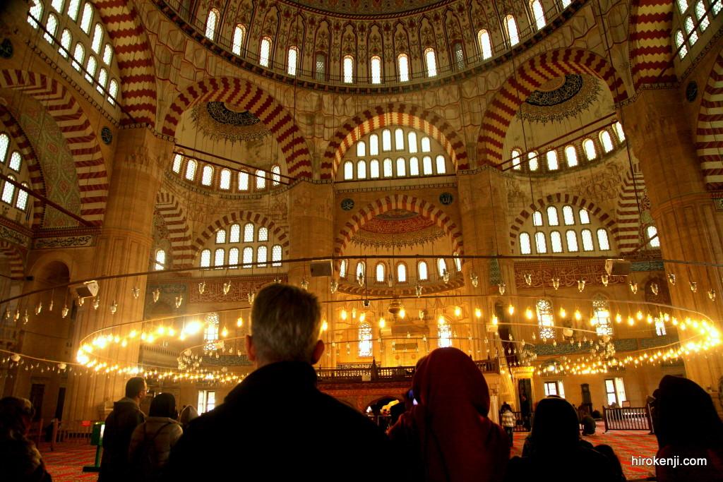 【旅行記】のんびりエディルネの街並みと荘厳なセリミエモスク
