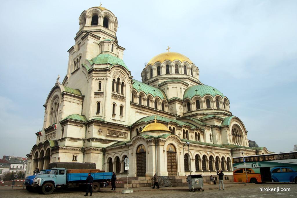 ブルガリア首都ソフィア・寒く長旅に疲れ惨めで憂鬱な毎日