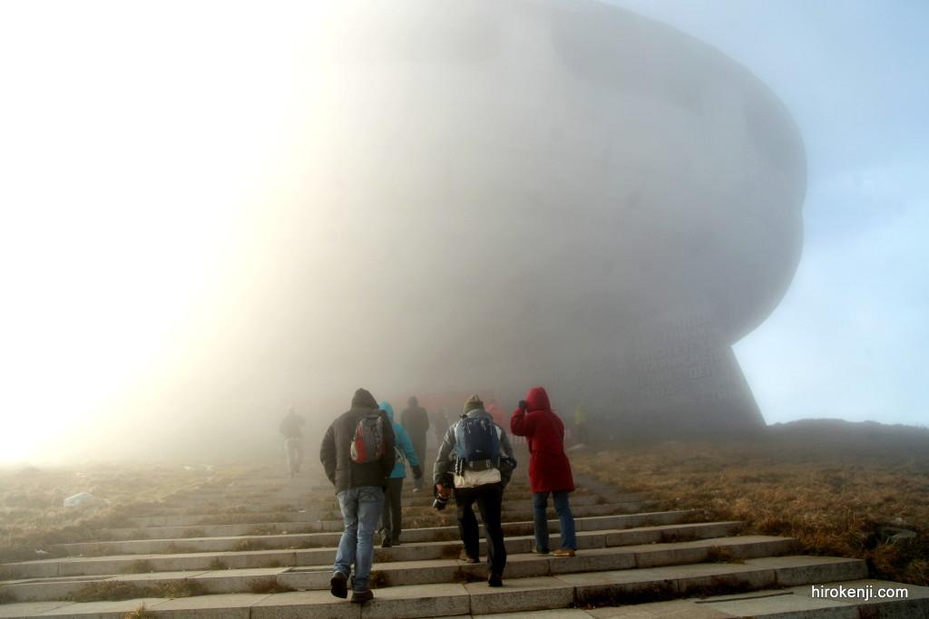 潜入!ブルガリア未確認飛行物体の廃墟へ!