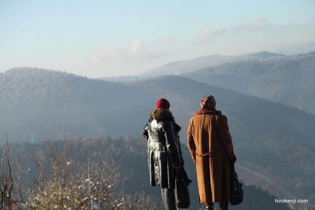 ブラショヴの歯抜けシンナー中毒老婆とドラキュラ城観光