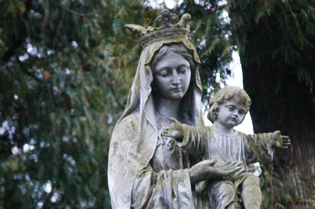 ウクライナ・リヴィウで見た東欧一美しい墓地と激安すぎるオペラ
