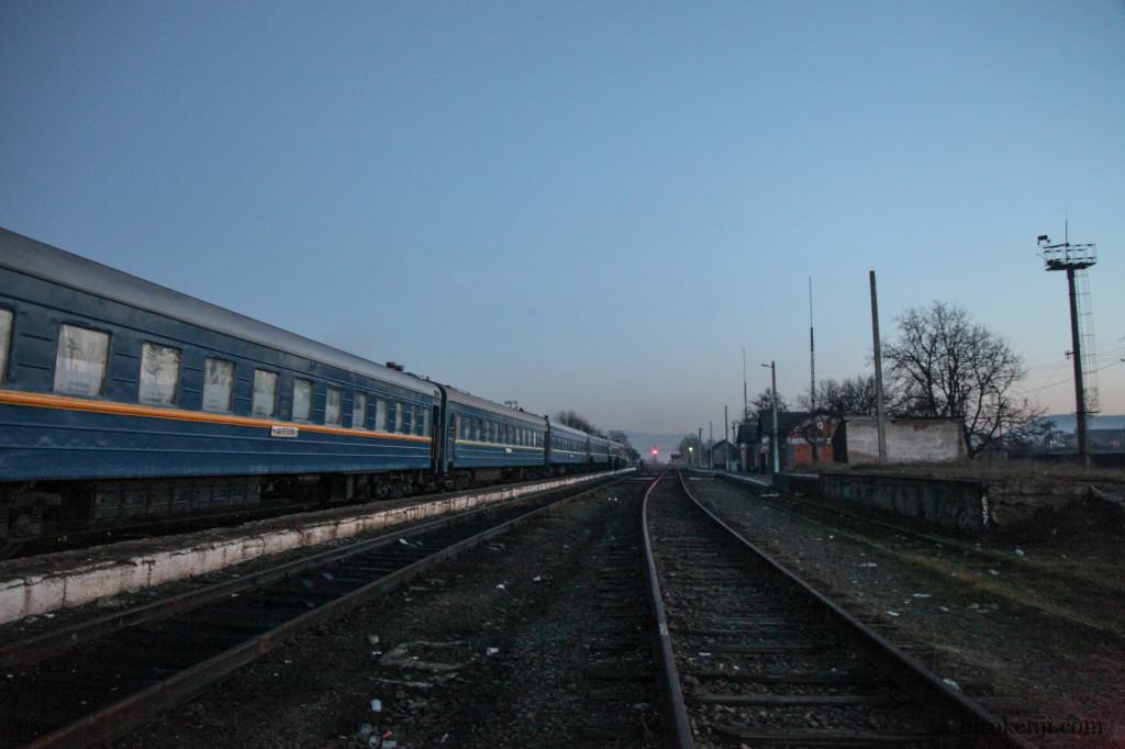 01スラティナの列車