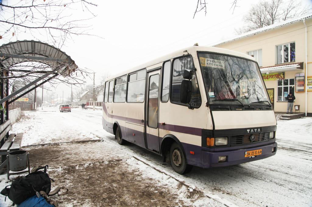 02クレヴァニのバス