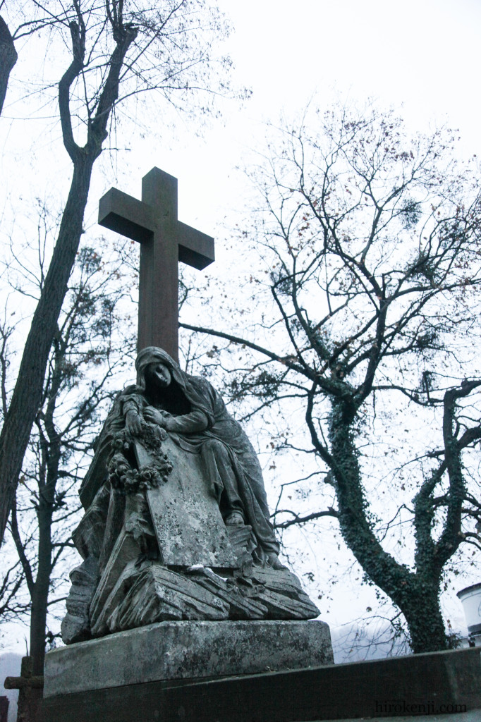 12チャキフ墓地02