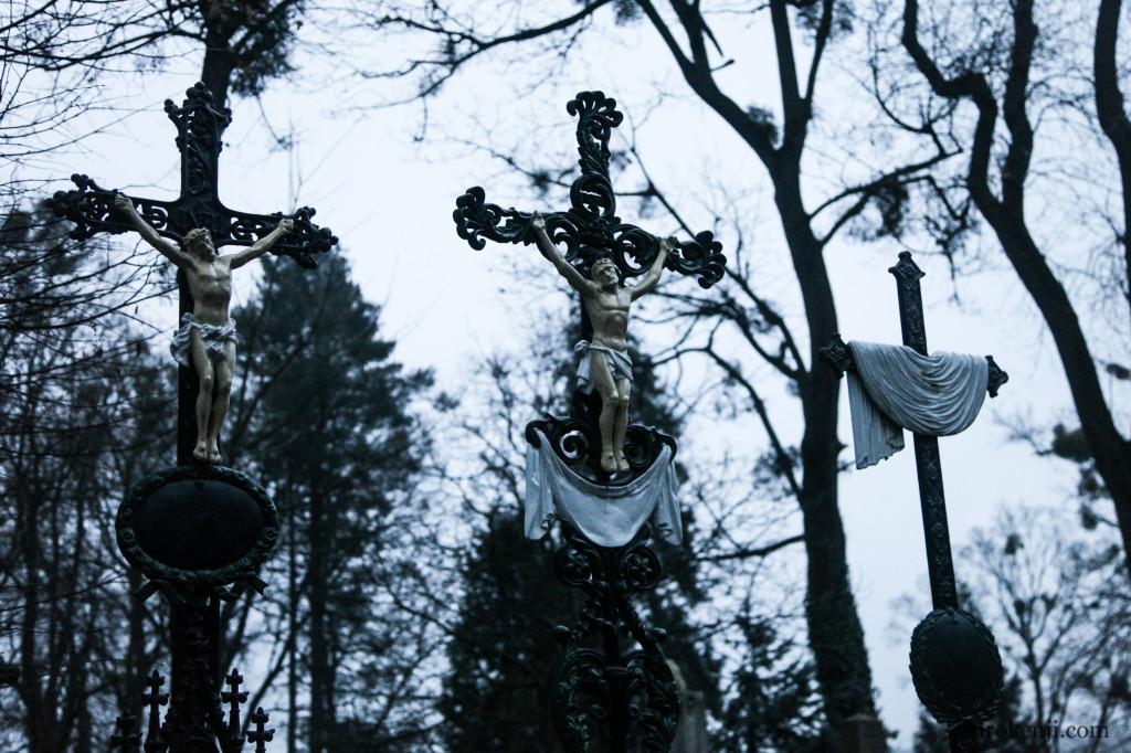14チャキフ墓地04