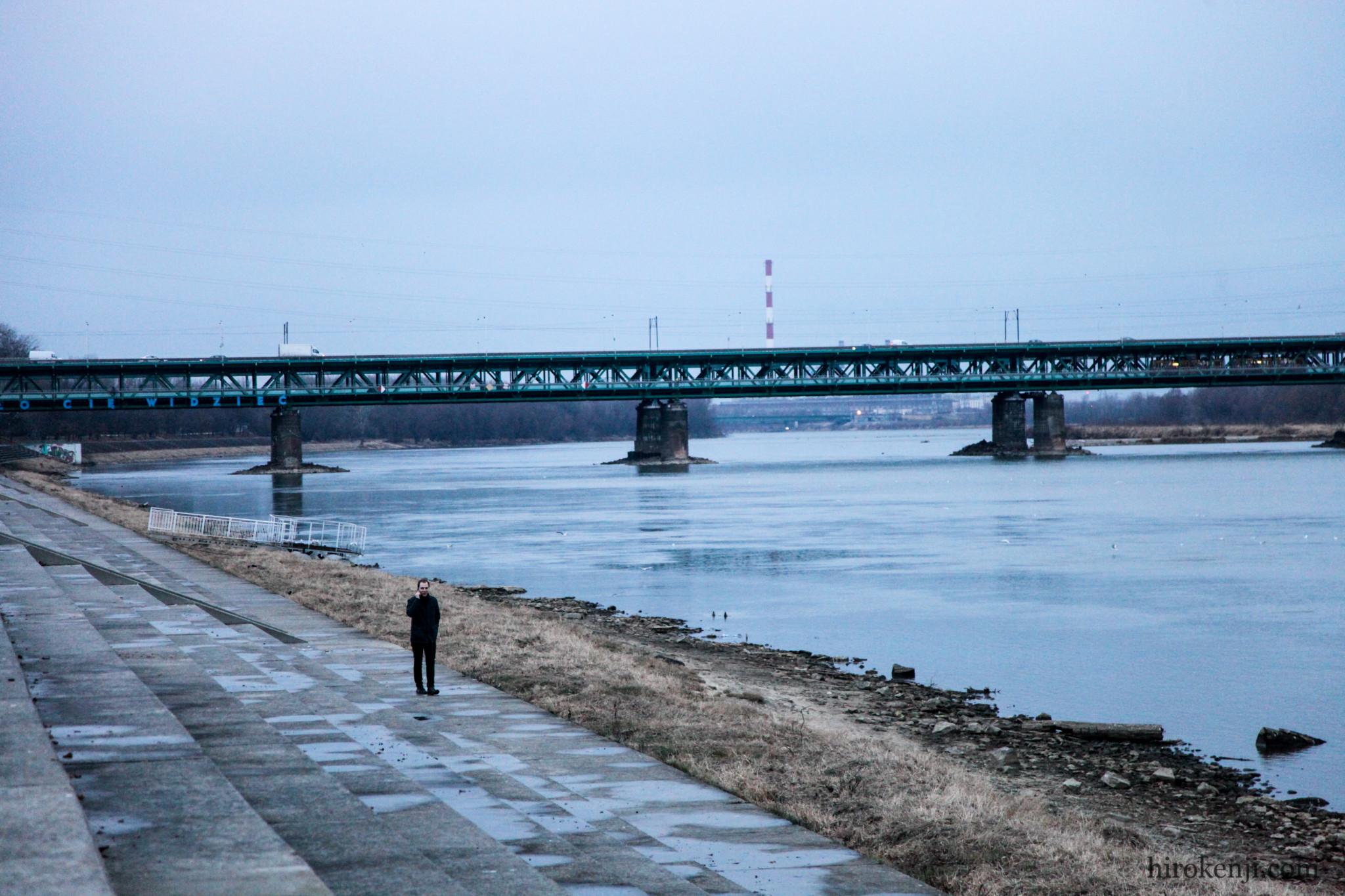 ワルシャワの川