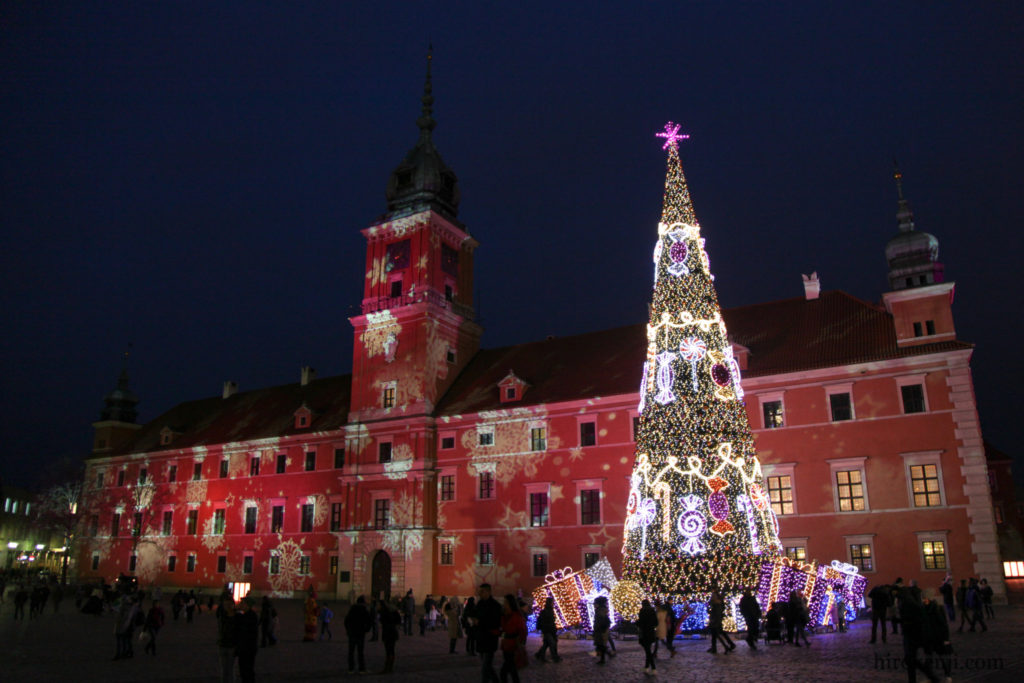 ど根性の歴史!ワルシャワ蜂起と華やかなクリスマスマーケット