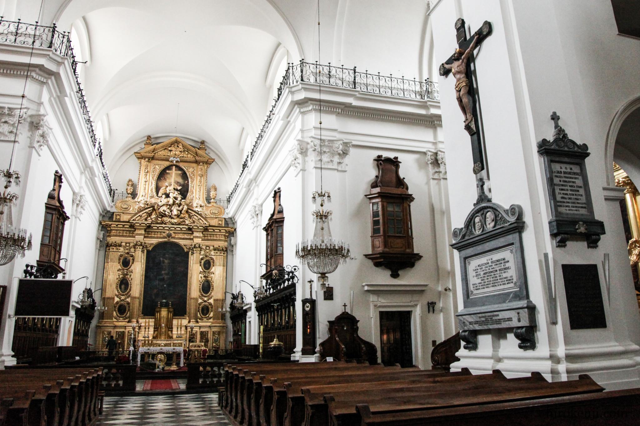 ワルシャワの聖十字教会